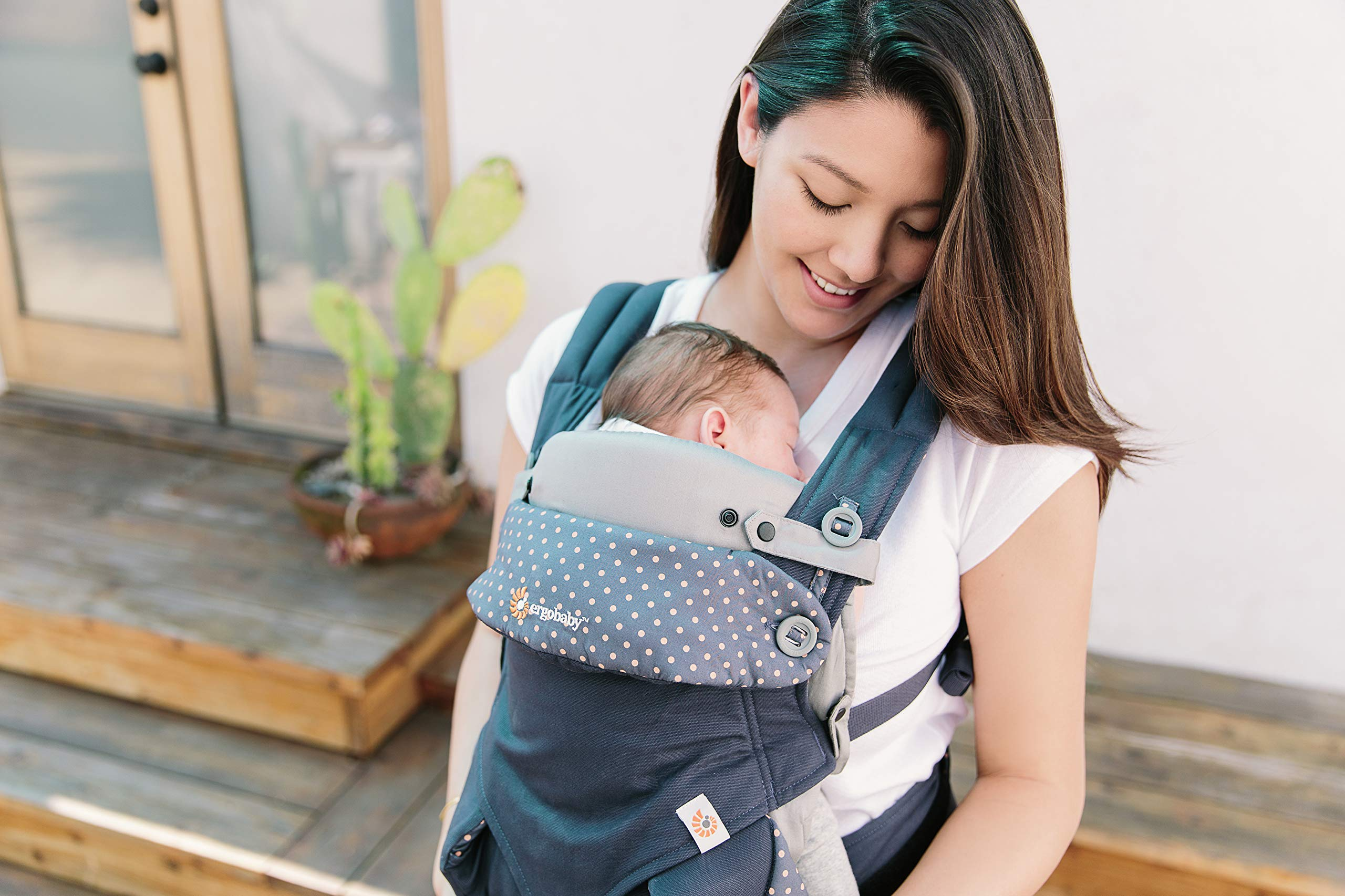 ERGObaby Infant insert for Baby Carrier Collection Original (3.2 - 5.kg), Cotton Grey Ergobaby Specially shaped pillow for supporting newborns in the frog-leg position Soft back panel for keeping baby's back slightly rounded in the carrier Head and neck support 6