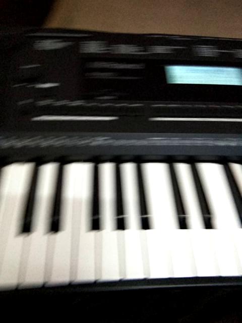 Amazon in:Customer reviews: Roland EX-20 Arranger Keyboard