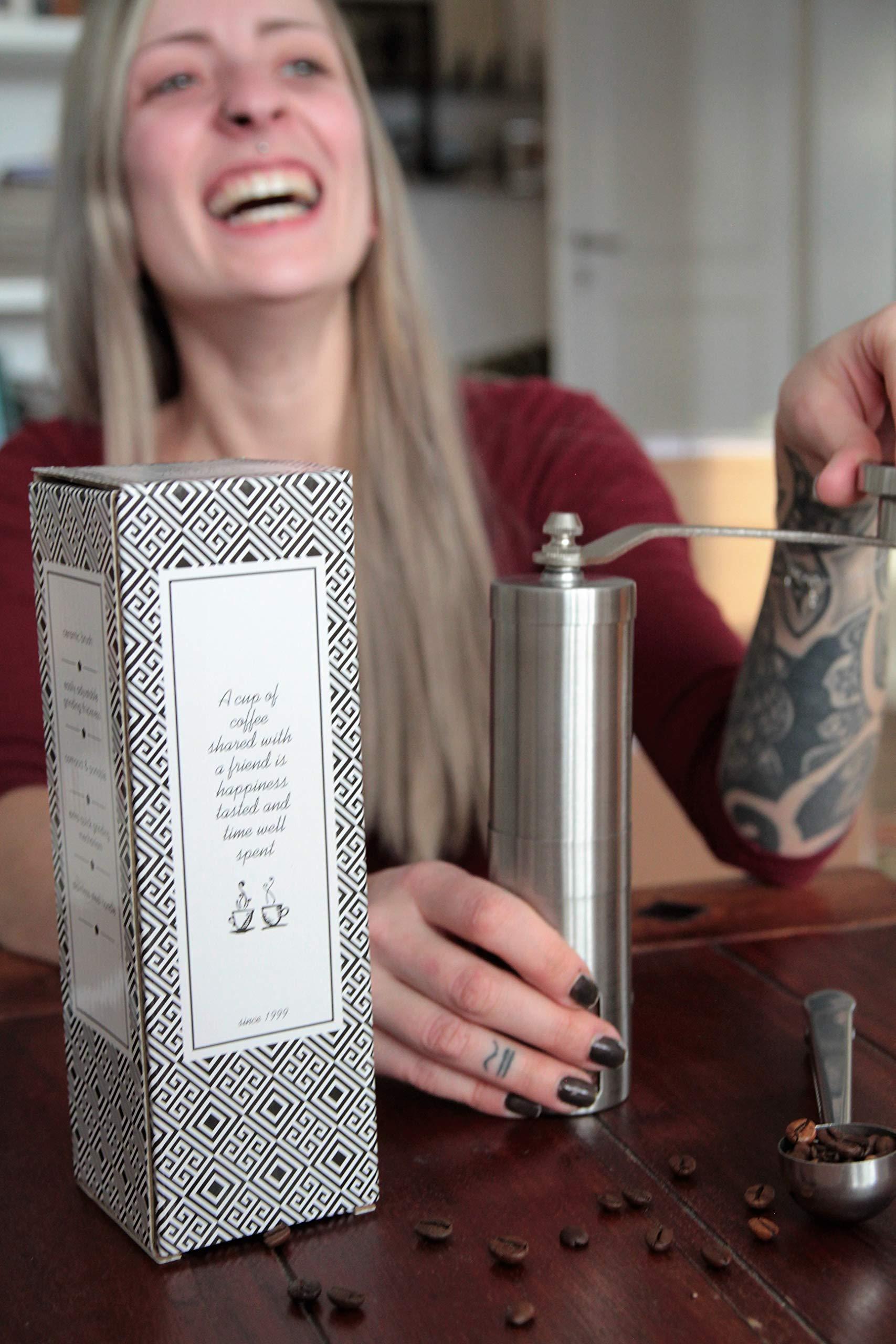 Mokkalov Manuelle Kaffeemühle tragbare Handkaffeemühle mit Bürste Reise Camping