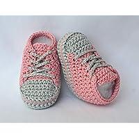 Babyschuhe, Baby-Chucks,100 Farben, Baby-Turnschuhe in Handarbeit gehäkelt aus Baumwolle (altrosa-silber)