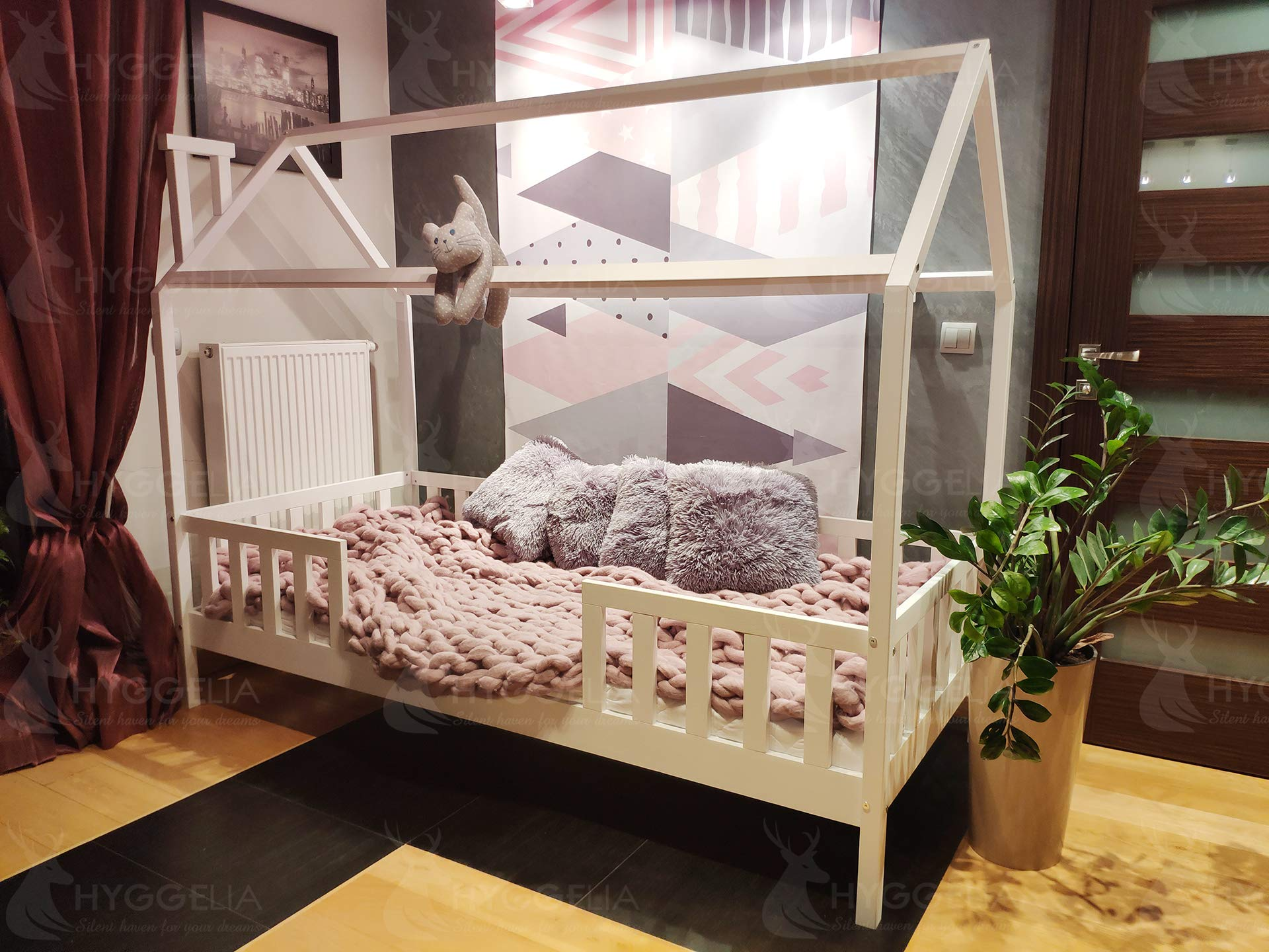 House BED with barriers Chester Wooden bed for children bed for teenager Bedroom furniture cottages wooden cottage bed (193 x 203 cm (King Size)) Hyggelia Material: First class natural pine chipless wood Colour: Natural wood Permissible weight: 180kg 1
