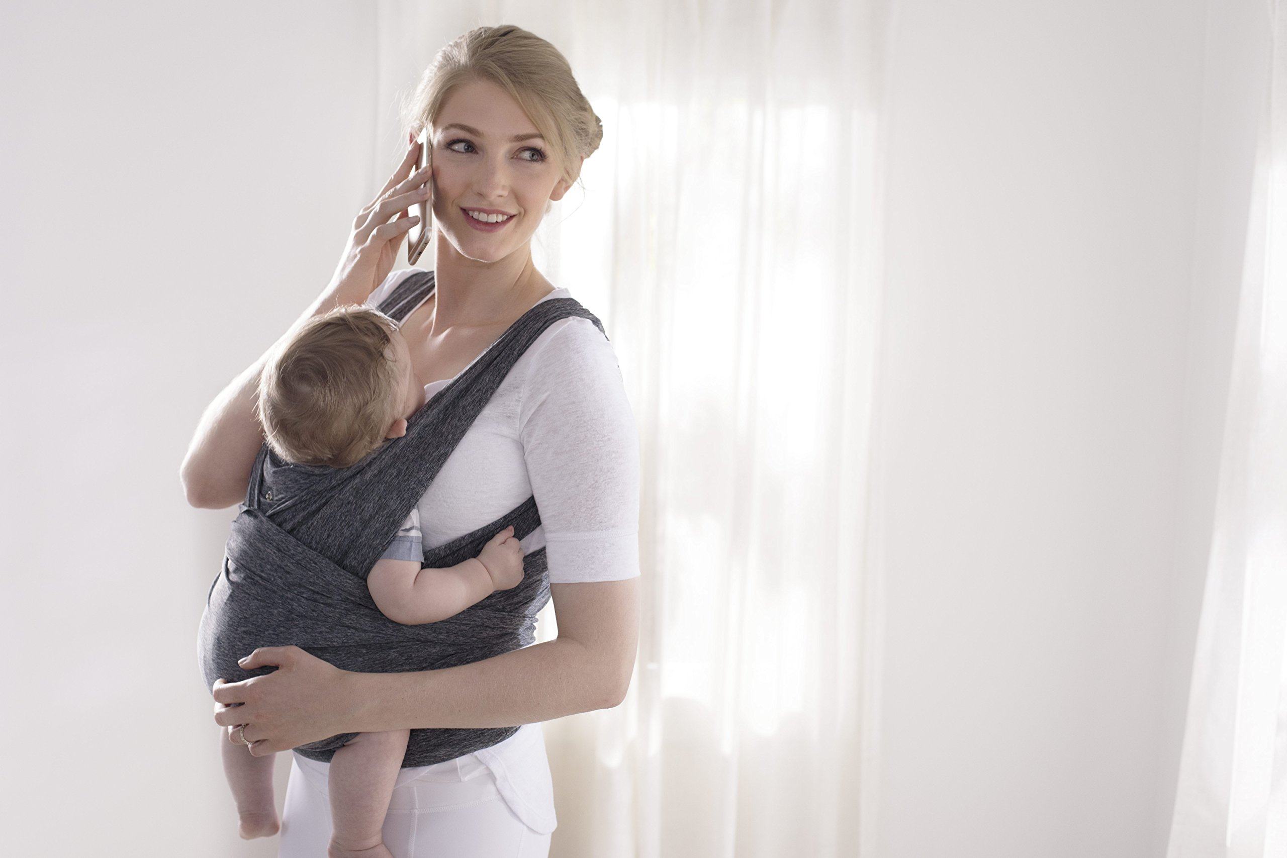Chicco ComfyFit Baby Carrier One size Chicco Perfect fit, no infant insert required; recommended baby weight: 8-35lbs One size fits most, which makes sharing your carrier between caregivers quick and easy 2 comfy carrying positions: front face-in and front face-out 6