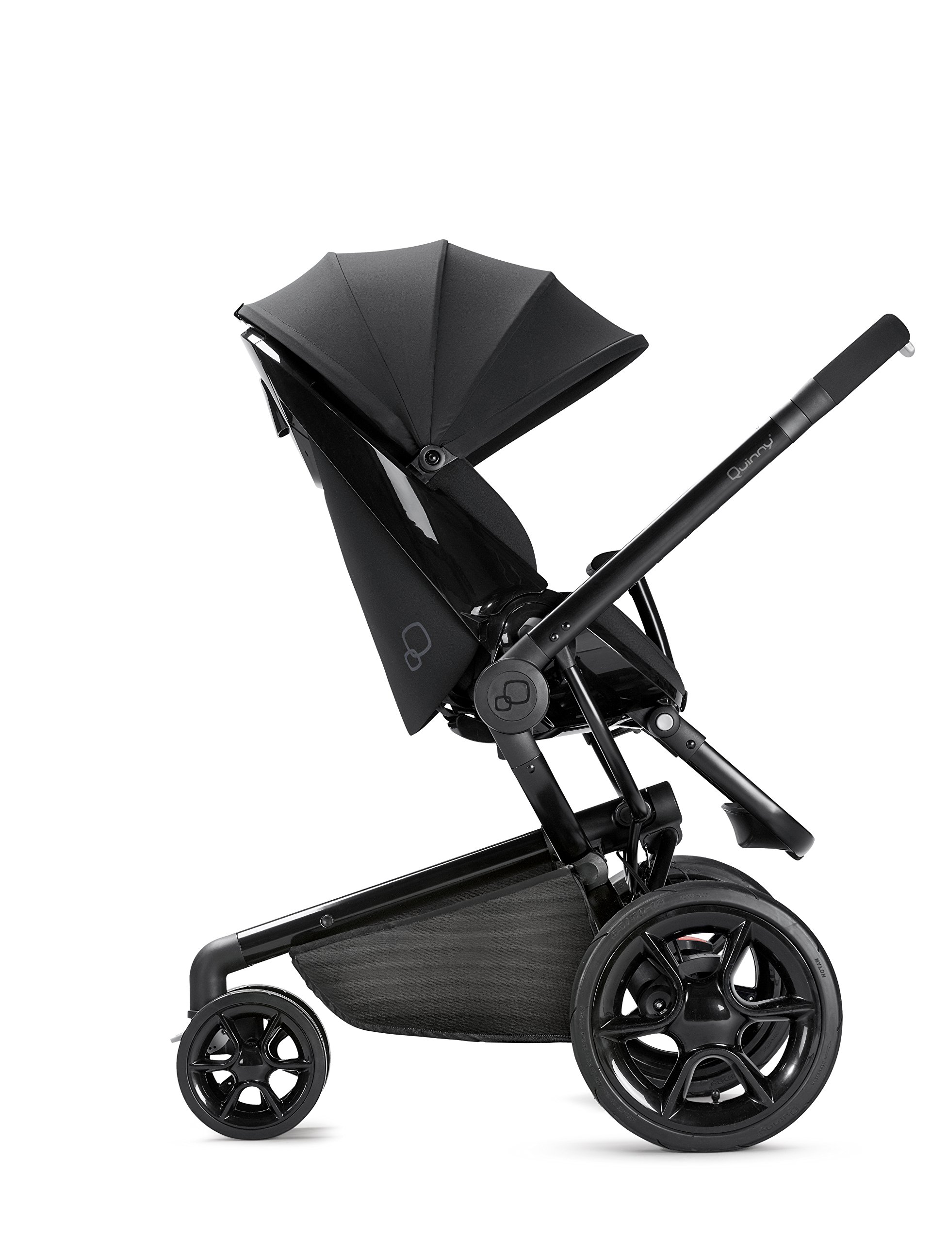 Quinny Moodd Pushchair Frame, Black Devotion Maxi-Cosi Stylish urban pushchair with cozy baby nest - suitable from birth to 15 kg (approx. 3.5 years) Foam filled comfort tyres and lockable front swivel wheels for a smooth ride Reversible seat unit with 3 recline position (including lie-flat options for newborns) 5