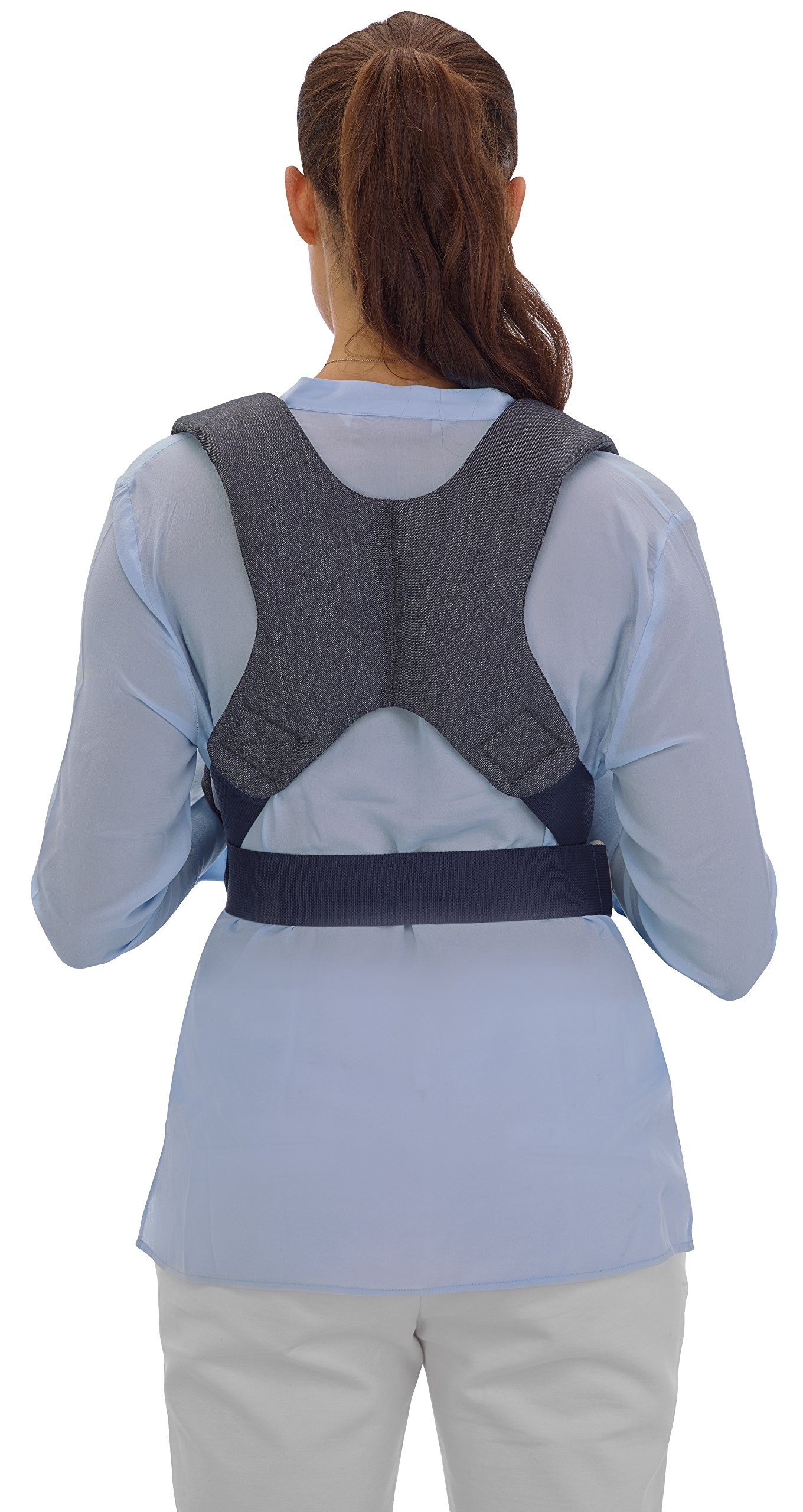 Inglesina Baby Carrier Front Inglesina Comfortable and easy-to-use adjusting belts Comfortable and wide shoulder braces for ultimate support Useful washable and removable bib 3