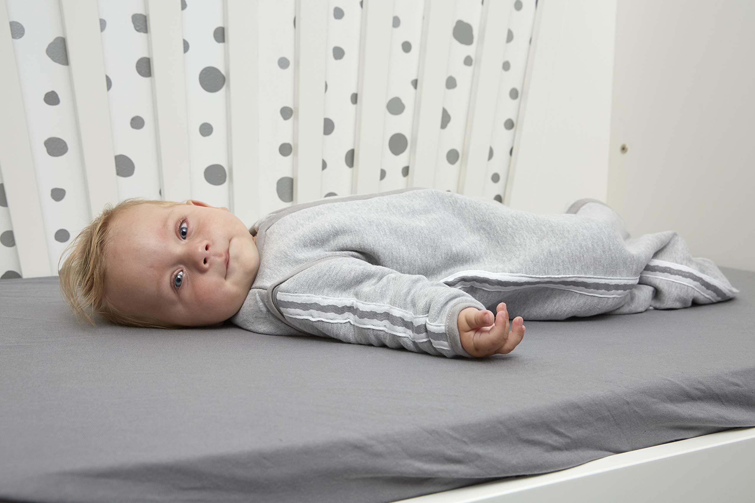 81VfWMPCeVL - Meyco 514025Saco de dormir de invierno 90cm, Gris con Lurex ribete gris