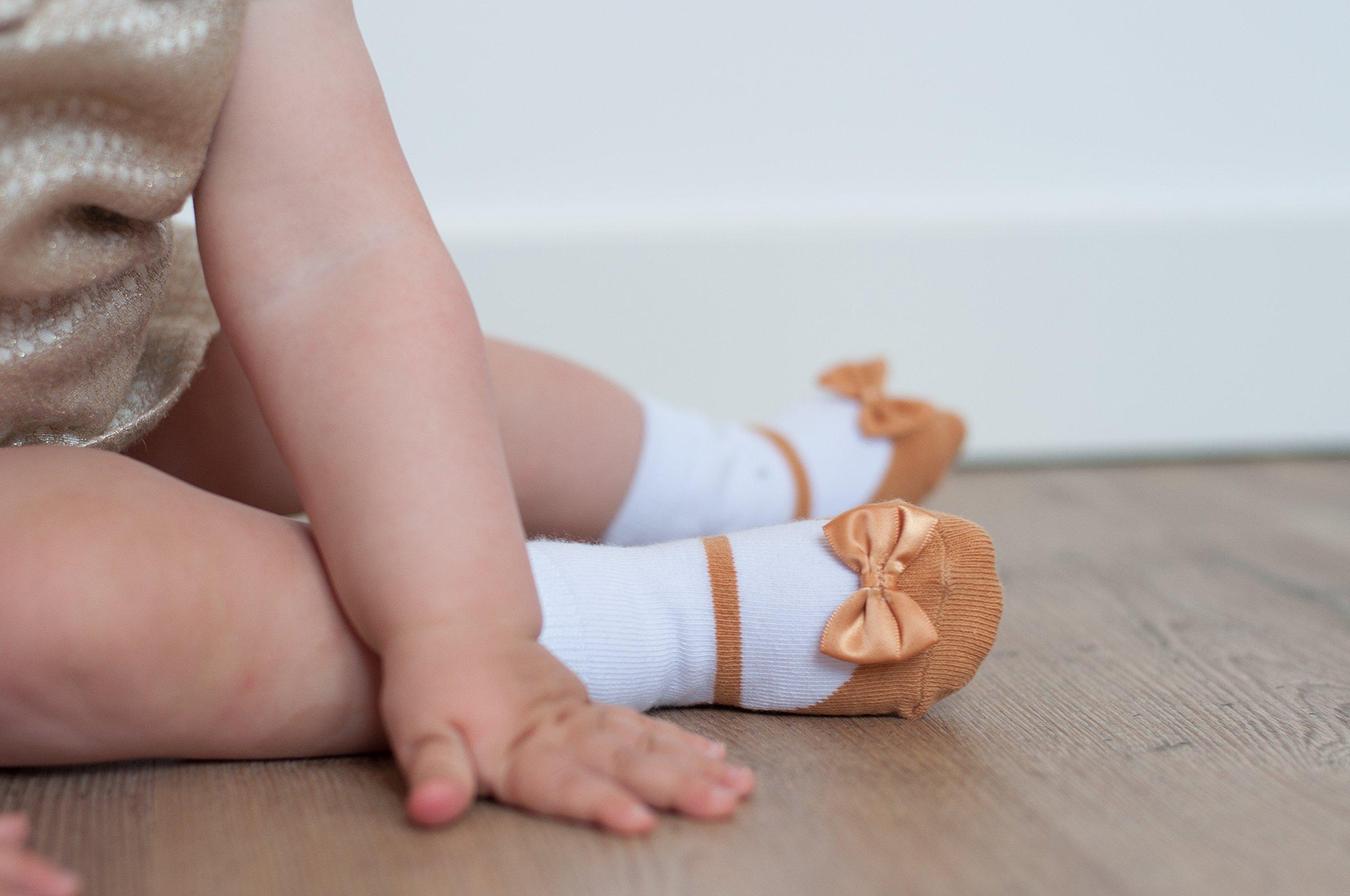 Baby Emporio 6 pares de calcetines para bebé niña - Suelas antideslizantes - Algodón suave - Paquete de regalo - Efecto… 4