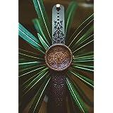Holzuhr Mandala King, Hochwertige Handgefertigte Uhr aus Nussbaumholz mit Mandala-Symbolen, Schweizer Uhrwerk & Saphir Glas,