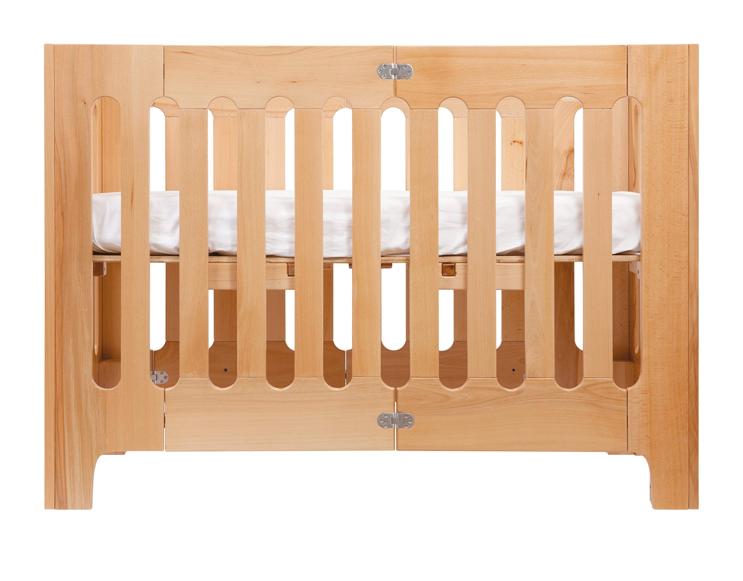Bloom Alma Papa Baby Crib/Cot (Convertible, Sold Wood, 0-4 Years) (Natural)  Alma Papa is suitable from newborn to 4 years, beautiful, modern solid wood crib with 2 mattress heights allow use as a bassinet & full-size crib patented compact-fold construction for easy storage & transport (durable storage bag available separately) open slats on all four sides maximize all important air-flow 2