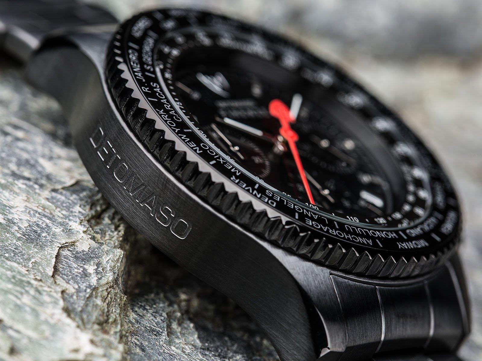 Reloj de cuarzo Detomazo Firense para caballero, dial beige con pantalla
