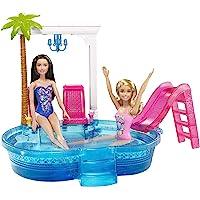 Barbie Mobilier Piscine Glamour pour poupées, avec toboggan rose, palmier, transats et verres de cocktail, jouet pour…