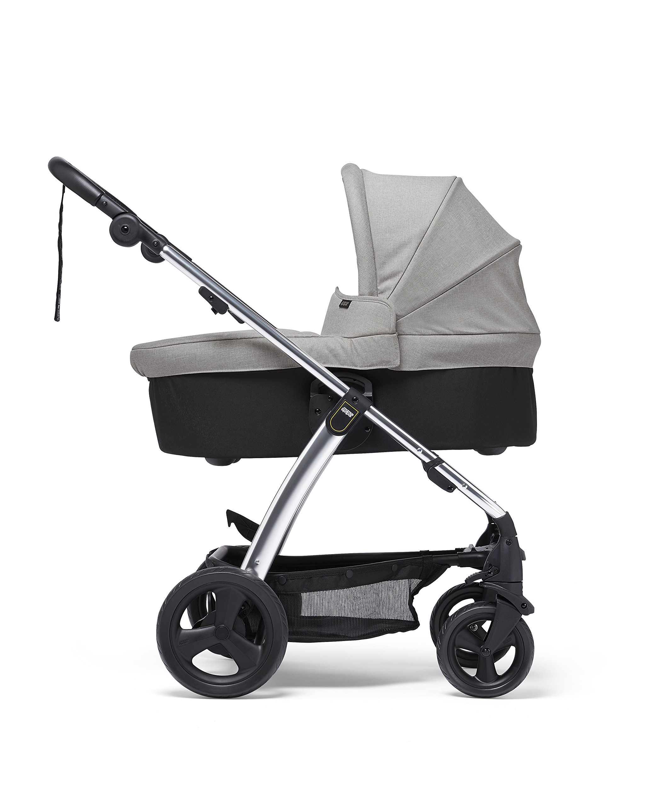 Mamas & Papas Sola² Lightweight Pushchair with Dual Position Seat, Compact Fold & Dual Suspension Wheels - Light Grey Mamas & Papas Great stearability - front and rear suspension wheels ensure a smooth ride for baby's travels. The wheels are also lockable for your peace of mind Large canopy - the large upf 50+ hood protects against harmful rays and a magnetic window lets you check on baby. Attach the included rain cover for drizzly days Dual position - baby can face you or the world to suit them. Adjust the seat to the lie-flat position for a comfortable space for your little one to sleep 1