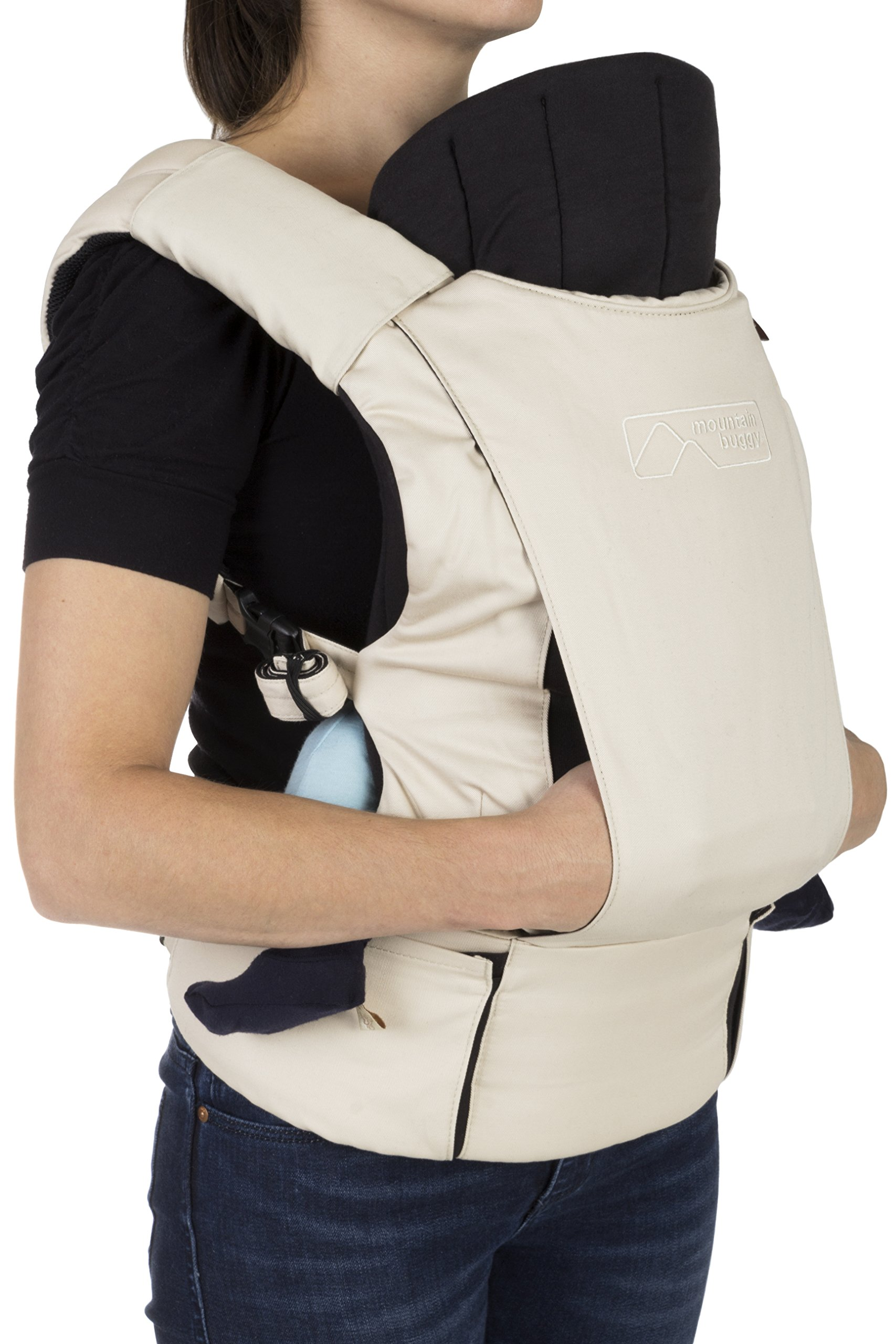 Mountain Buggy Juno Carrier - Sand Mountain Buggy Mountain Buggy Juno Carrier Multi functional carrier that transitions seamlessly from newborn to toddler Providing hands free: hands through connection; juno has been designed to deliver the very best ergonomics in all carrying modes: for both you and your child. 4