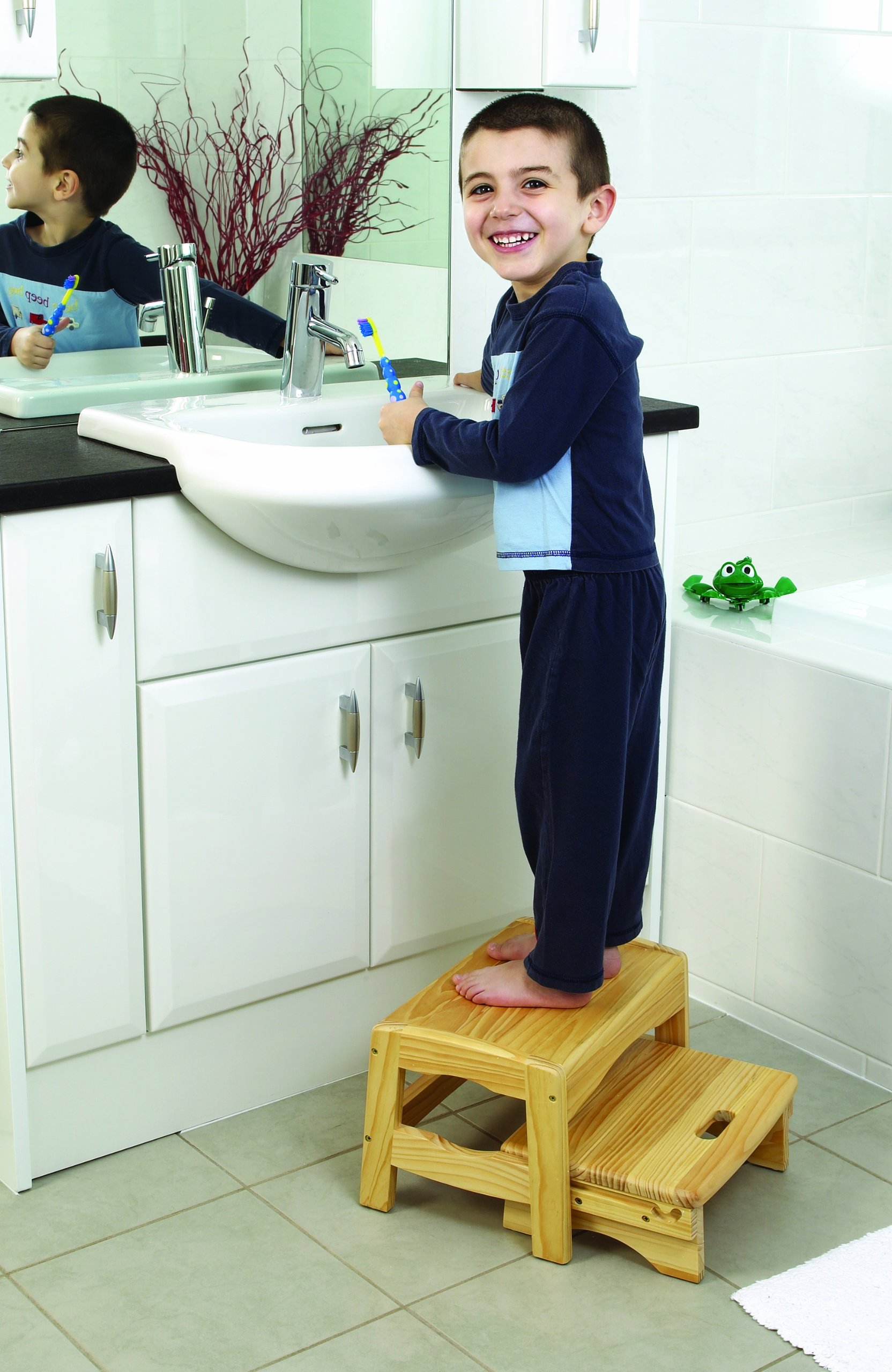 Safety 1st Solid Wooden 2 Step Stool with 2 Steps and Slip-Resistant Pads for Children and Toddlers, 18 m+  Solid wood stool suitable from 18 months to around 4 years or up to 22 kgs Lightweight design for easy portability Two levels help the child reach the sink 2