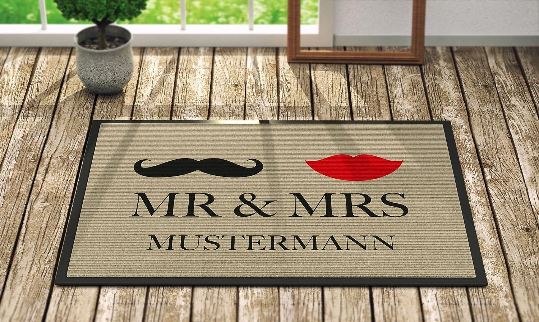 Unterschiedlich Amazon.de: Fußmatte 'Mr. & Mrs. ' Inkl. Ihrem Nachnamen  QB36