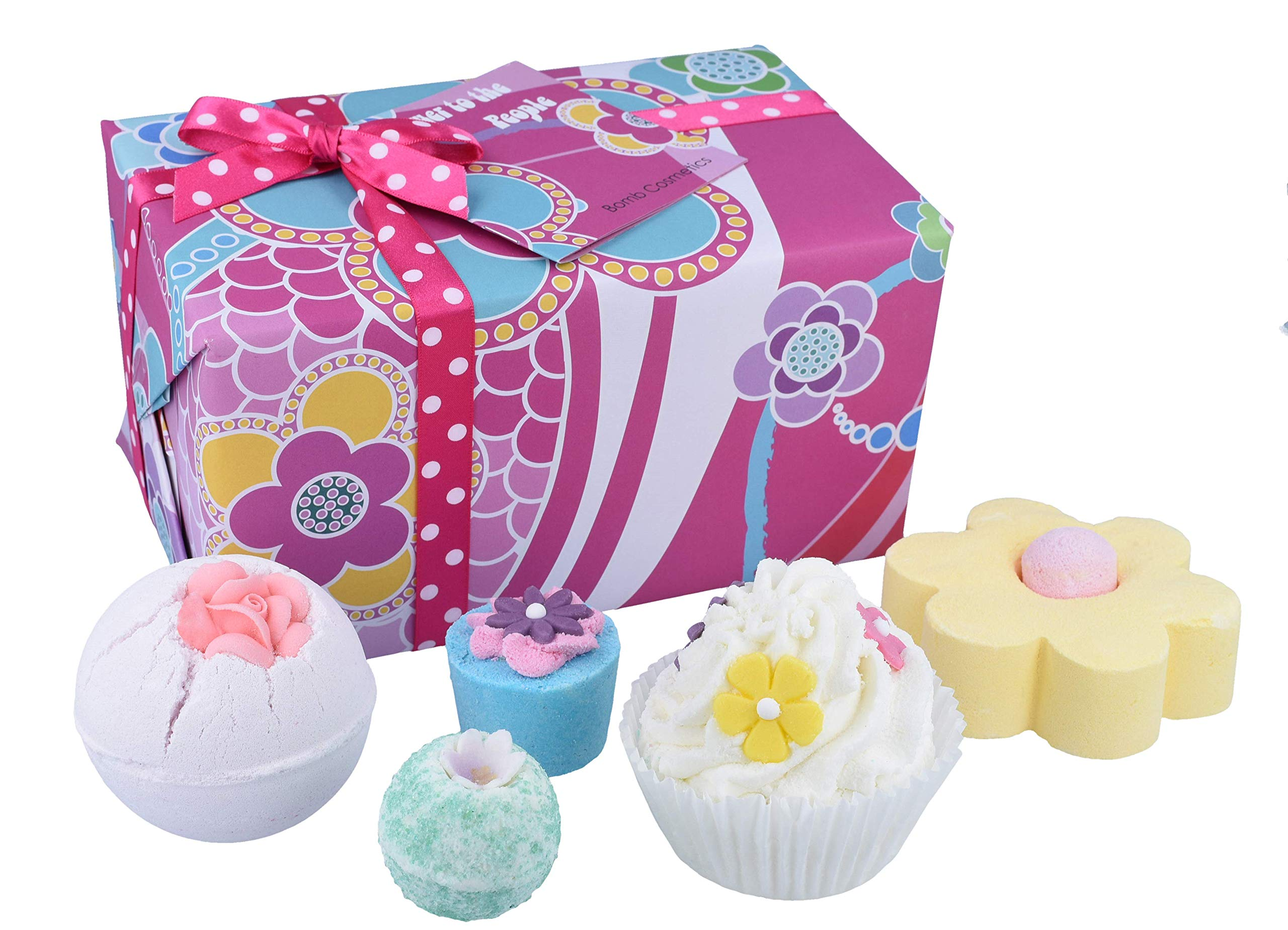 Bomb Cosmetics Flower to the People Handmade Wrapped Gift Pack [Contains 5-Pieces], 520g