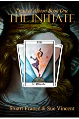 The Initiate (Triad of Albion Book 1) (English Edition) Format Kindle