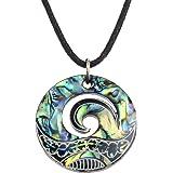 Collar con colgante MAori Koru de Kiara Jewellery, colgante con forma de cresta de ola, de concha verde de oreja de mar, en c