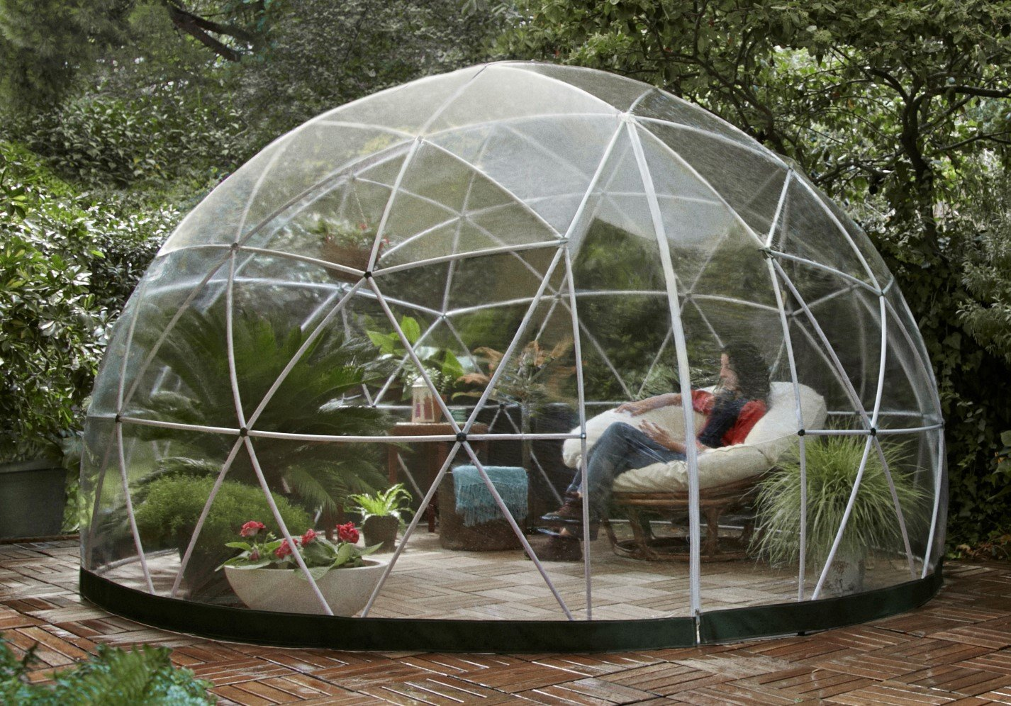 Garden Igloo 33244 Clear Greenhouse 142 X 142 X 87 inches 1