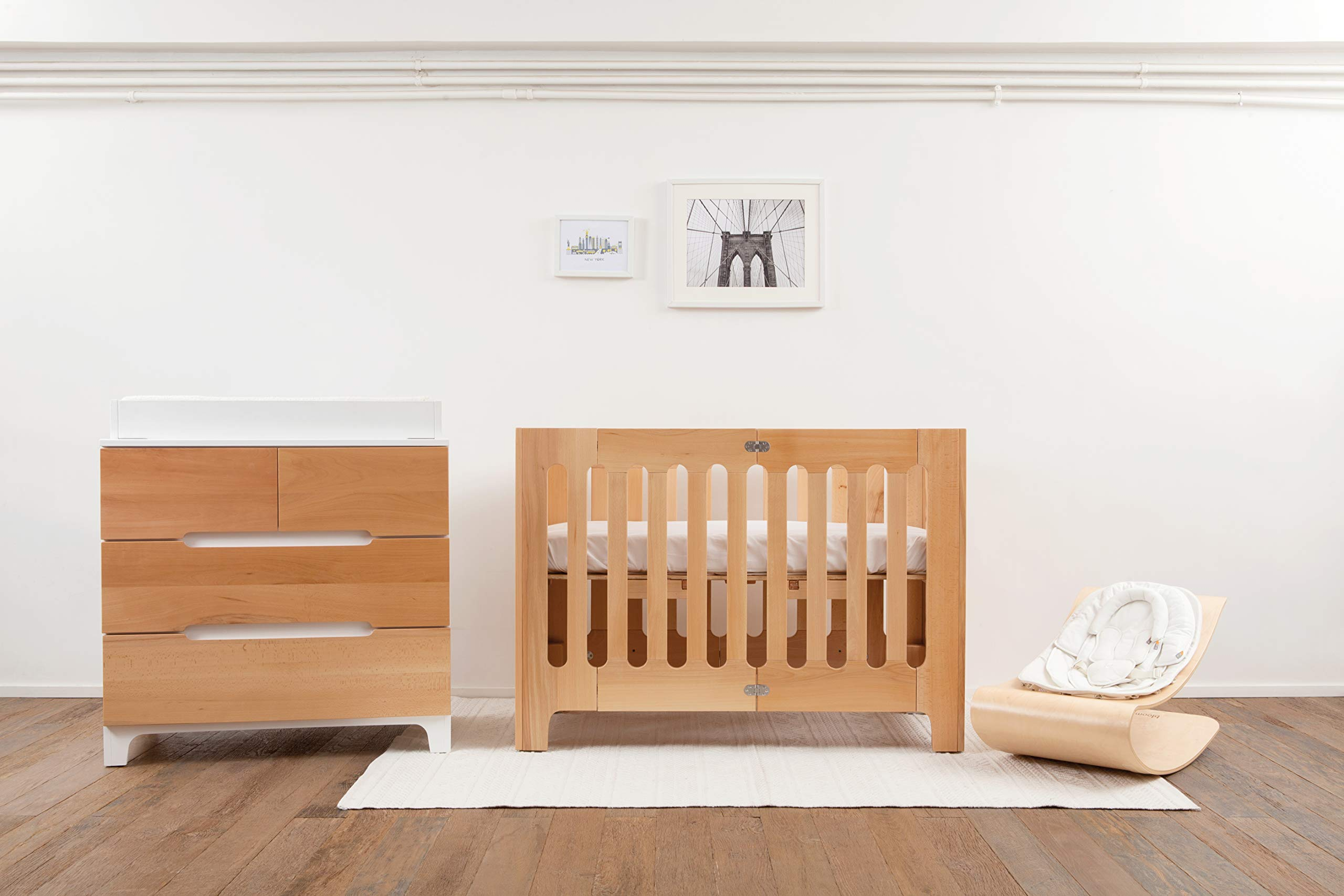 Bloom Alma Papa Baby Crib/Cot (Convertible, Sold Wood, 0-4 Years) (Natural)  Alma Papa is suitable from newborn to 4 years, beautiful, modern solid wood crib with 2 mattress heights allow use as a bassinet & full-size crib patented compact-fold construction for easy storage & transport (durable storage bag available separately) open slats on all four sides maximize all important air-flow 5