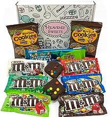 Amerikanische M&M's Süßigkeiten Geschenkkorb | M&M Süßigkeiten aus den USA | Auswahl beinhaltet Mint, Peanut Butter, Cookies | M&M Süßigkeiten in einer tollen retro Geschenkebox verpackt
