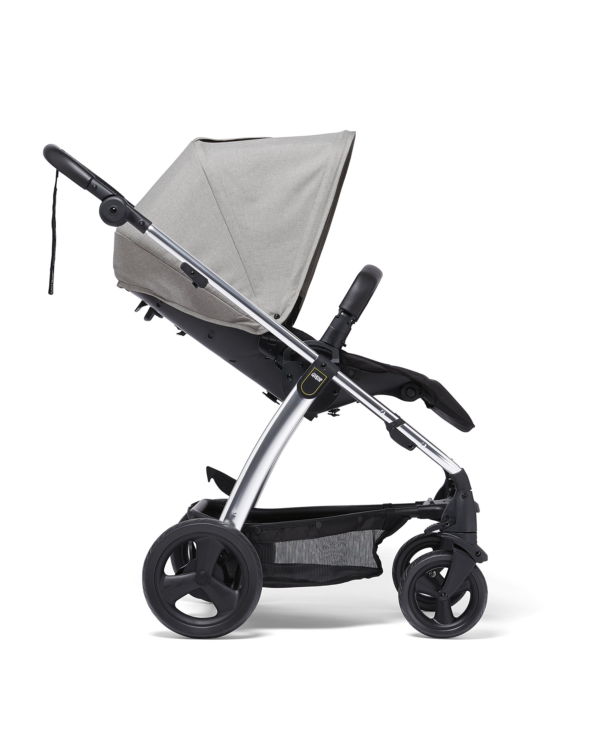 Mamas & Papas Sola² Lightweight Pushchair with Dual Position Seat, Compact Fold & Dual Suspension Wheels - Light Grey Mamas & Papas Great stearability - front and rear suspension wheels ensure a smooth ride for baby's travels. The wheels are also lockable for your peace of mind Large canopy - the large upf 50+ hood protects against harmful rays and a magnetic window lets you check on baby. Attach the included rain cover for drizzly days Dual position - baby can face you or the world to suit them. Adjust the seat to the lie-flat position for a comfortable space for your little one to sleep 2