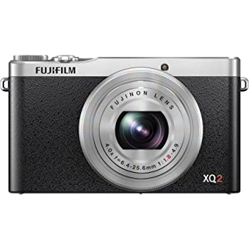 "Fujifilm XQ2 Fotocamera Digitale, 12 Megapixel, Sensore X-Trans CMOS II 2/3"", Zoom 4X 25-100mm, f/1.8-4.9, Argento/Nero"