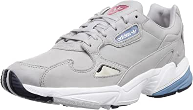 adidas Damen Falcon W Sneakers