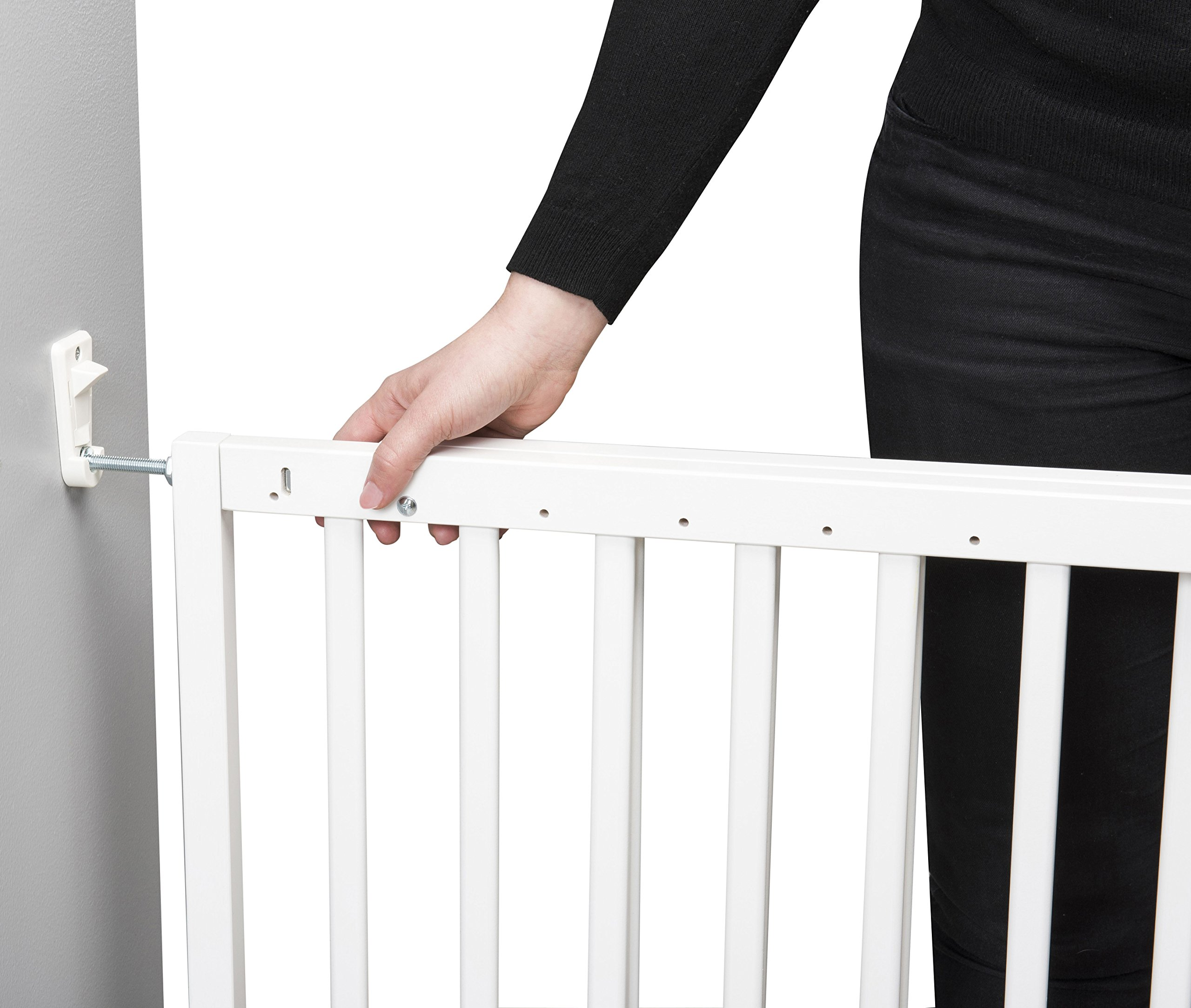 Badabulle Color Pop Safety Gate, White Badabulle Wooden safety gate for self-assembly Easy to open Swinging door 2