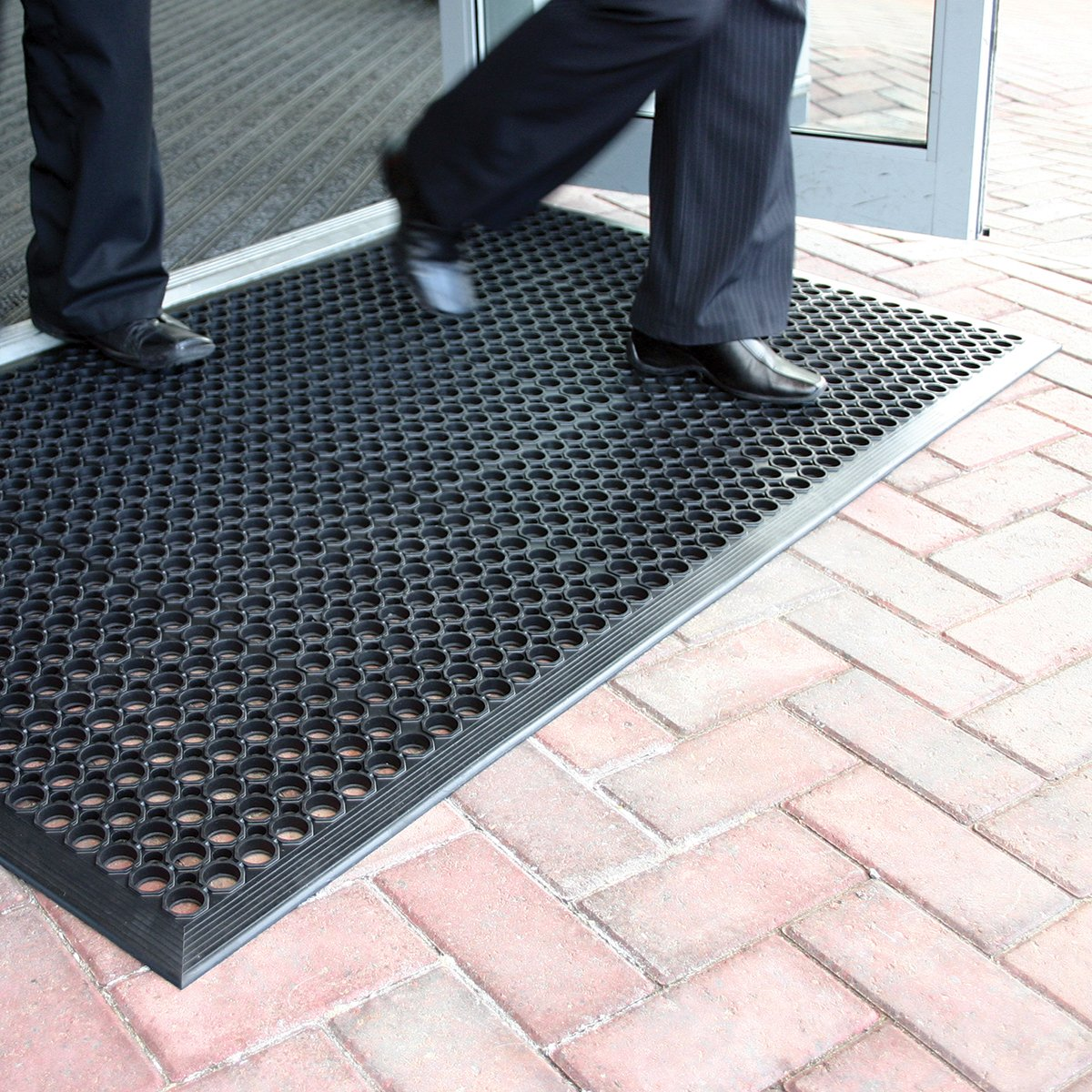 large outdoor rubber entrance mats anti slip drainage door mat flooring 3 sizes available 09m x15m by bigdug amazoncouk kitchen u0026 home - Rubber Door Mat