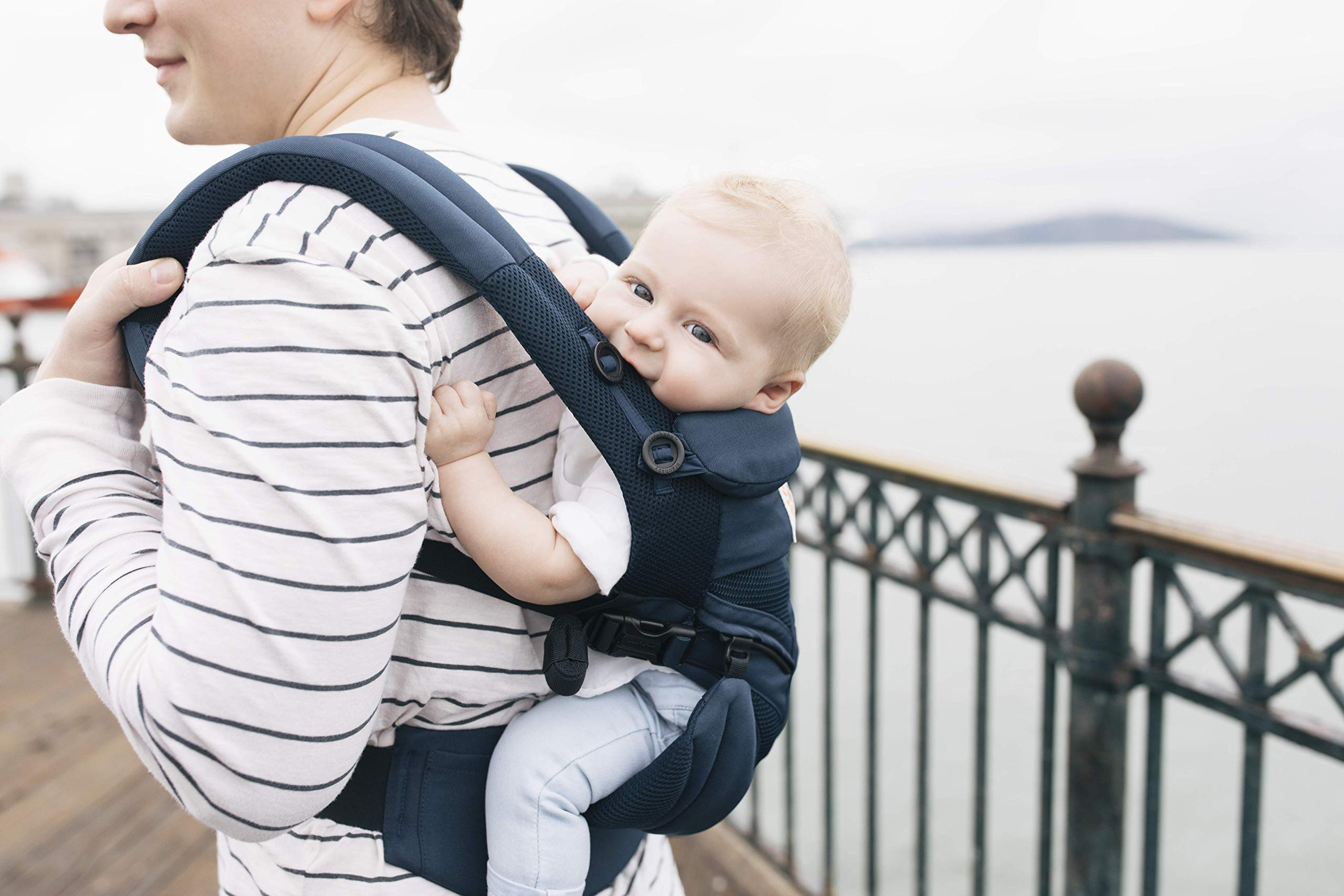 Ergobaby Baby Carrier for Newborn to Toddler, Ergonomic 4-Position Omni 360 Cool Air Midnight Blue, Baby Carrier Front Back Front Facing, Backpack Ergobaby Baby carrier with 4 ergonomic wearing positions: parent facing, on the back, on the hip and on the front facing outwards. four ergonomic carry positions and easy to use. Adapts to baby's growth: infant baby carrier new-born to toddler (7-33 lbs./ 3.2 to 20 kg), no infant insert needed Breathable 3d air mesh material ensures the optimal temperature of the baby. includes removable belt pouch. 8