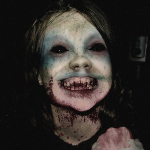 Creepy Evil Granny : Scary Horror Game: Amazon.co.uk