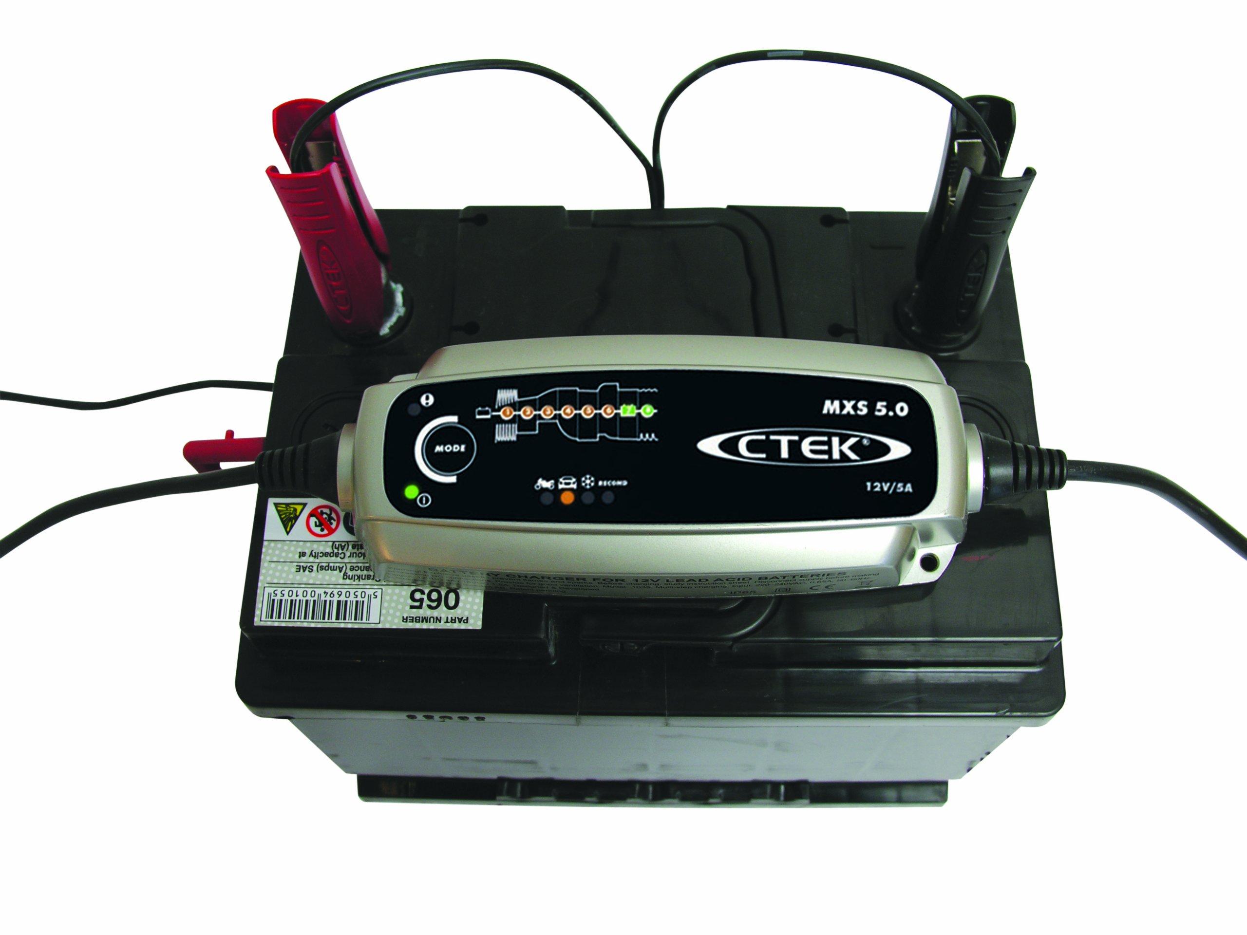 CTEK MXS 5.0 Caricabatteria 12V-5A (Senza compensazione automatica di temperatura) (Cessata produzione da parte del produttore)