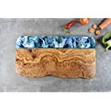 Tabla de quesos madera de olivo con resina verde azul 40 cm