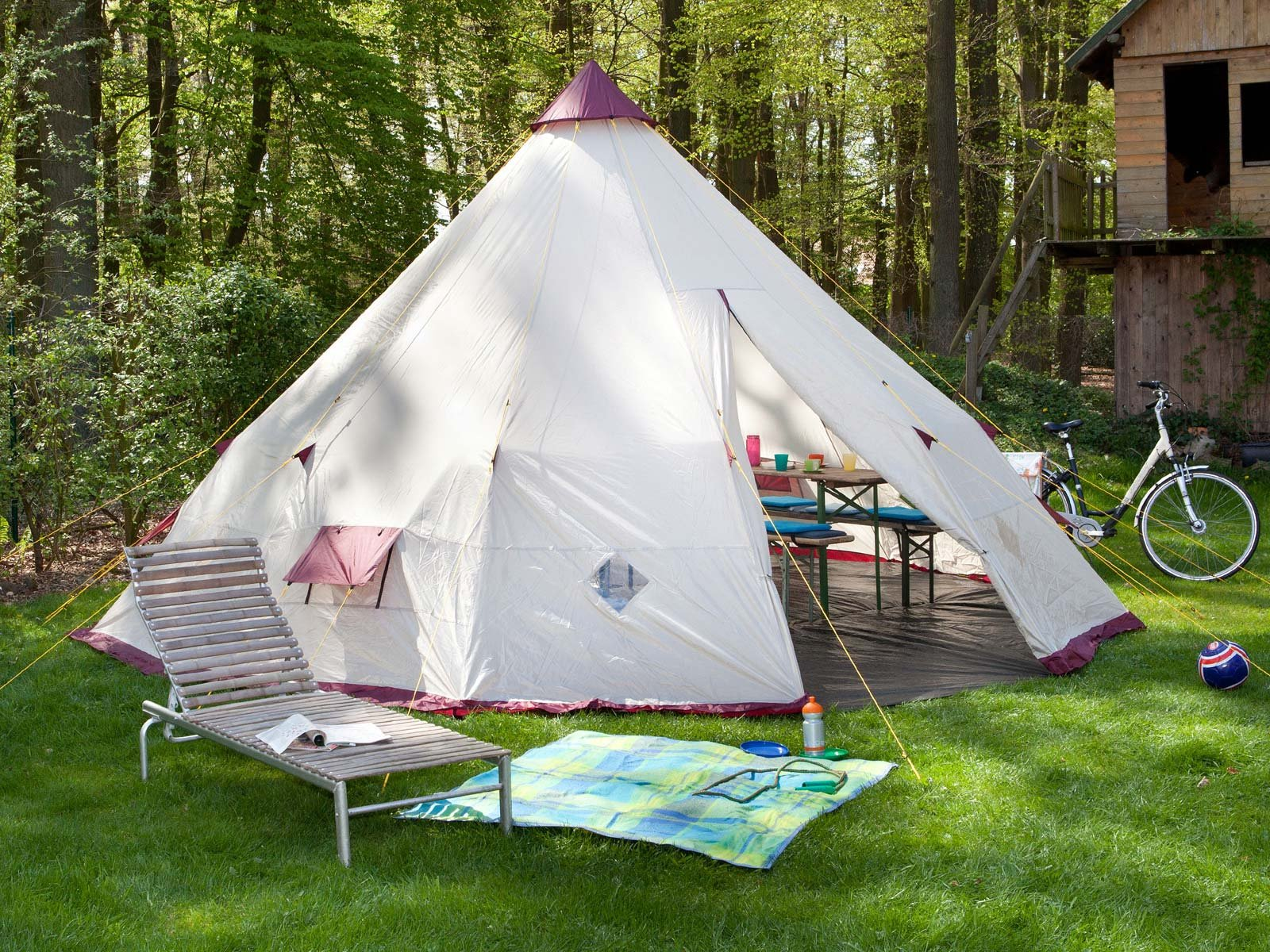 finest selection 9c905 65103 Skandika Teepee Wigwam Style Indiana Pyramid Desert Tent, 3000 Mm Water  Column, Beige/Burgundy - Top Teepee UK