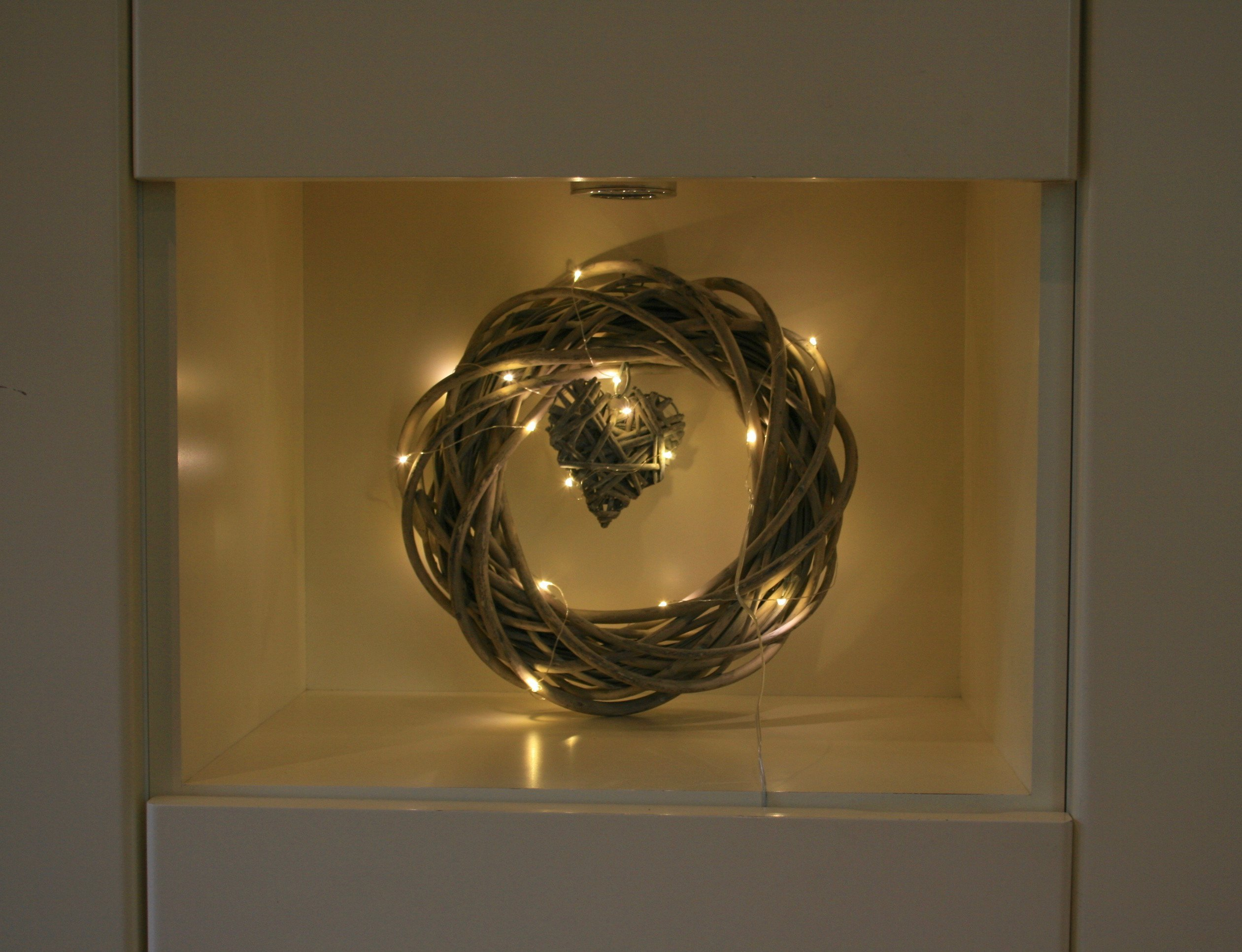 Ghirlanda di salice stile vintage con cuore pendente con