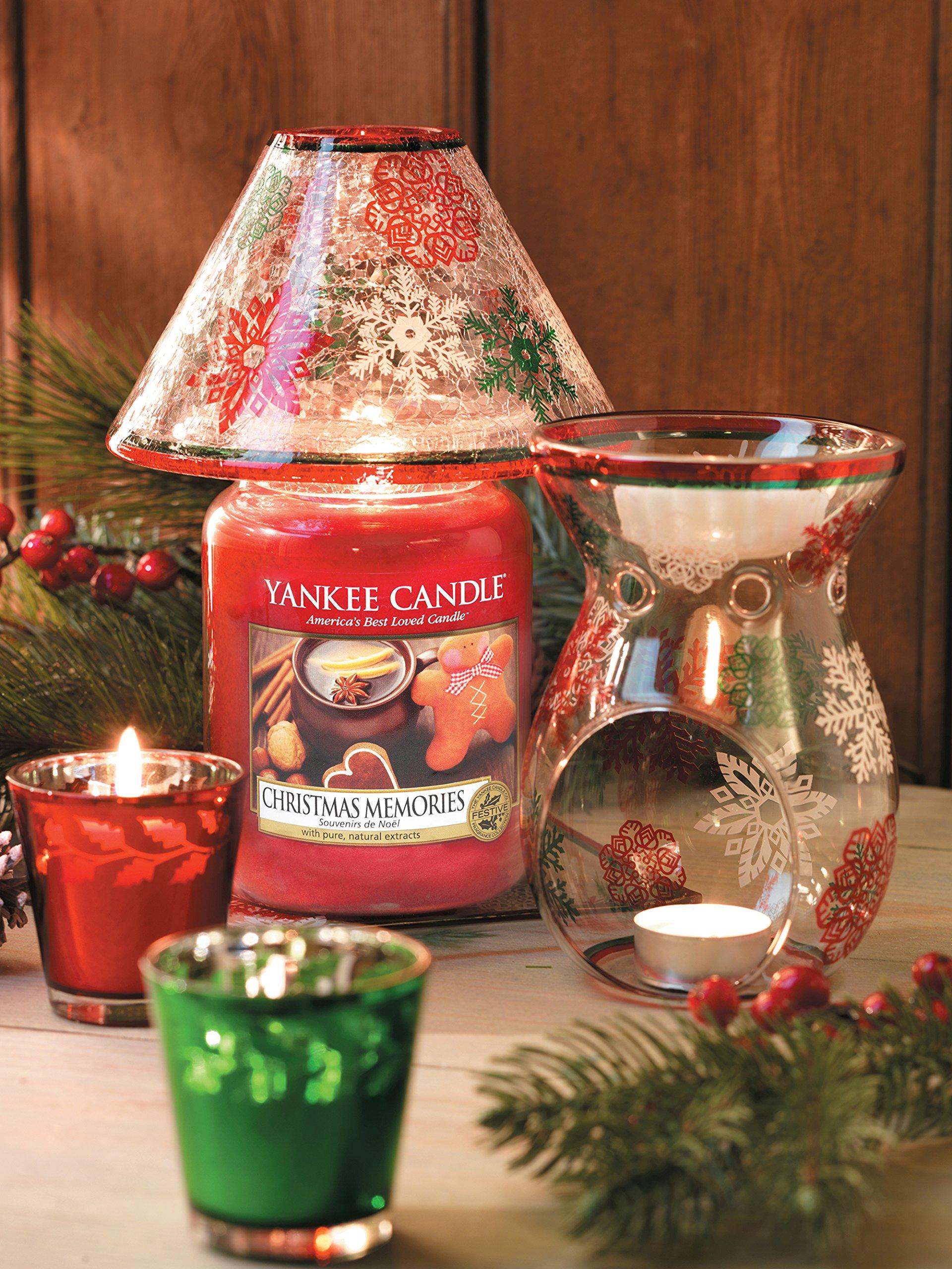 Yankee Candle 1275309E Christmas Memories Candele In Giara Grande, Vetro, Rosso, 10X9.8X17.5 Cm, fragranze naturali 3 spesavip