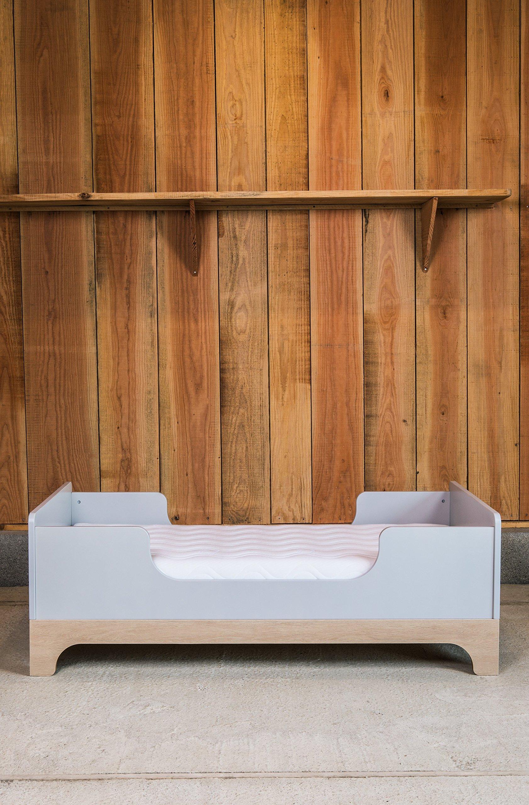 Kadolis Calvi Convertible Bed - 70 x 140 cm Gris claro/Madera   1