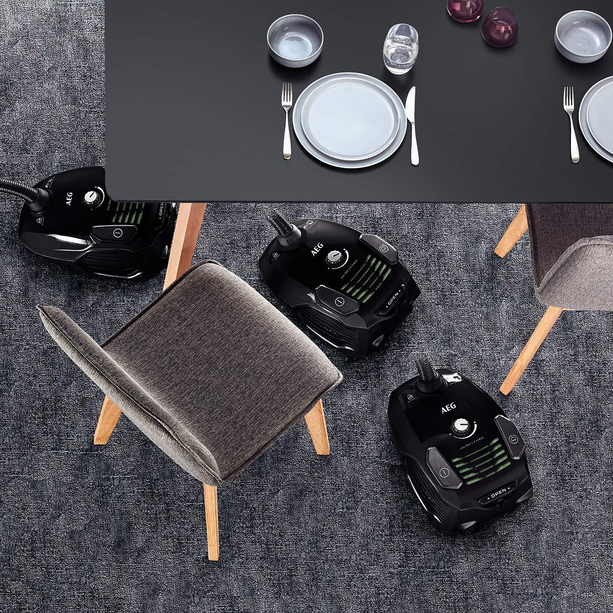 AEG VX6-2-ÖKOX Staubsauger mit Beutel (60% Recyclingmaterial, inkl. Zusatzdüsen, für Hart- und Teppichböden, 9 m…