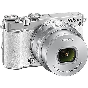 "Nikon 1 J5 Fotocamera Digitale ad Ottiche Intercambiabili, 10-30 mm, 20.8 Megapixel, 4K, LCD Touchscreen Basculante 3"", Micro SD 16 GB 300X Lexar, Bianco [Nital card: 4 anni di garanzia]"