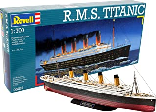 Revell 05210 - R.M.S. Titanic Kit di Modello in Plastica, Scala 1:700