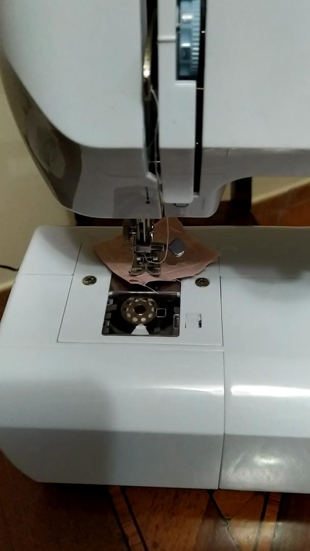 Excelvan - Máquina de coser portátil con accesorios, 16 puntos, 2 ...