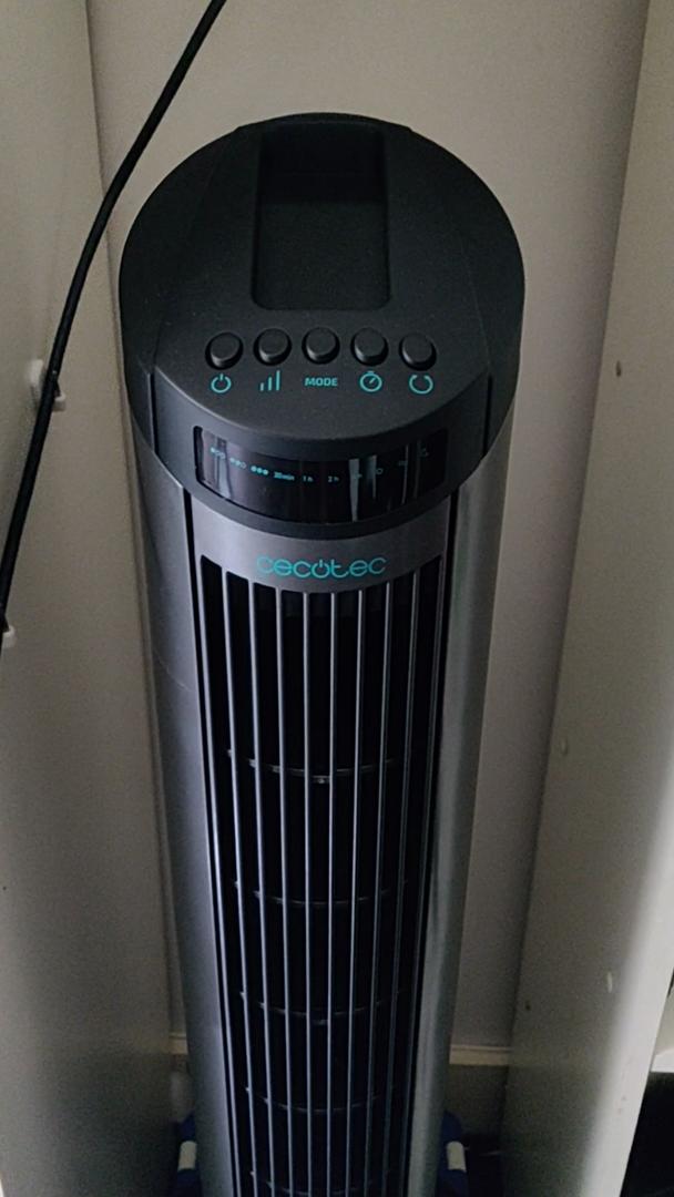Cecotec EnergySilence 890 Skyline Ventilador de Torre Digital, 3 Velocidades, 3 Modos, Temporizador 7.5h, Silencioso, Motor de Cobre, Color Blanco, 50 W, Negro: Amazon.es: Hogar