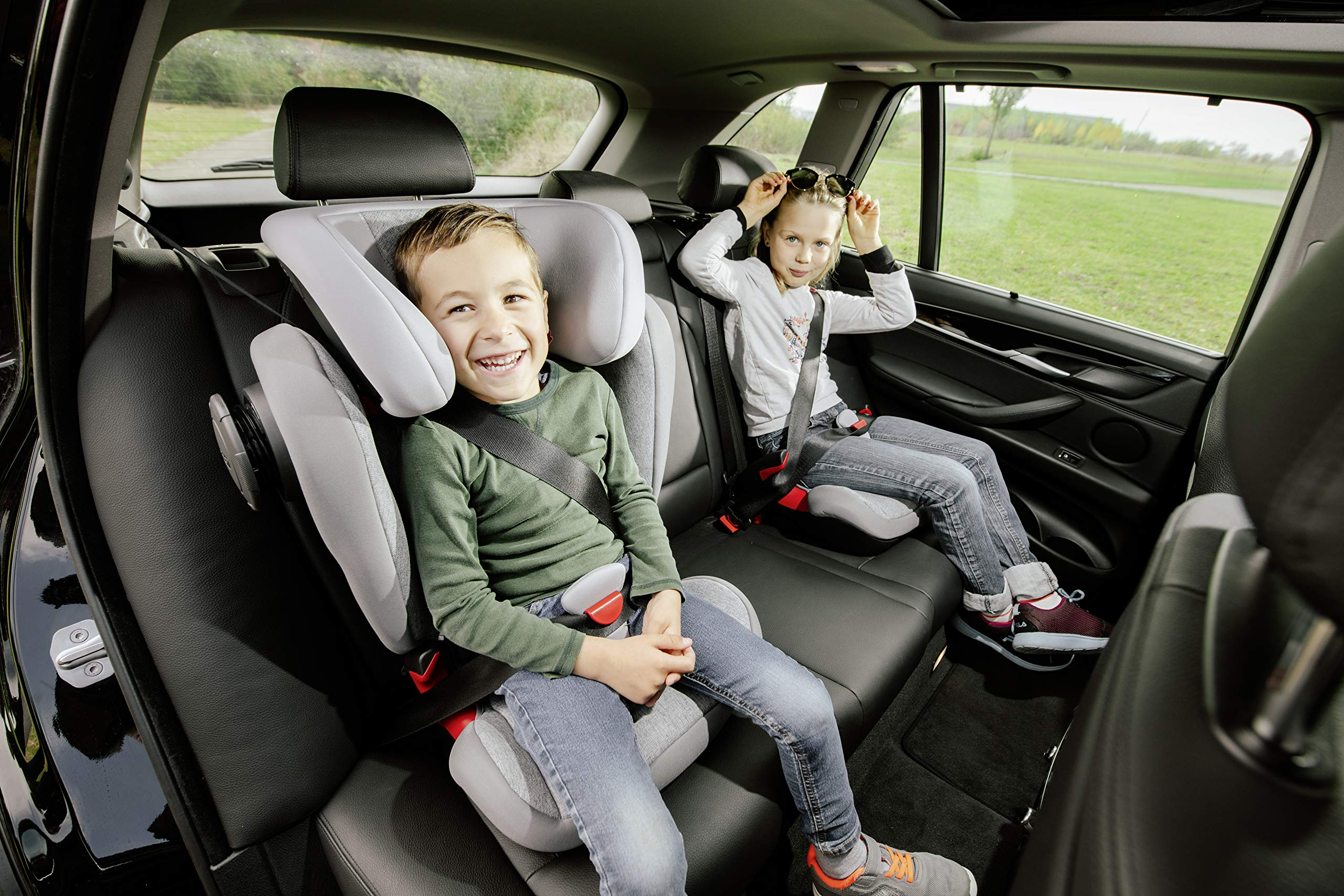 Britax Römer KIDFIX² S Group 2-3 (15-36kg) Car Seat - Grey Marble  Advanced side impact protection - sict offers superior protection to your child in the event of a side collision. reducing impact forces by minimising the distance between the car and the car seat. Secure guard - helps to protect your child's delicate abdominal area by adding an extra - a 4th - contact point to the 3-point seat belt. High back booster - protects your child in 3 ways: provides head to hip protection; belt guides provide correct positioning of the seat belt and the padded headrest provides safety and comfort. 10