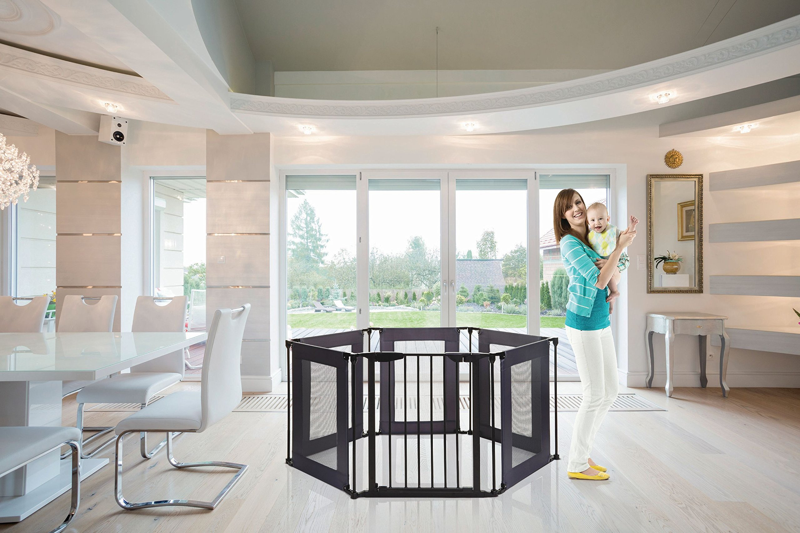 Dreambaby Brooklyn 3-in-1 Converta Dreambaby 6 modular panels including covenient walk-through gate Arrange panels to your specific layout Can be used as either a play-pen or extra-wide barrier gate 6