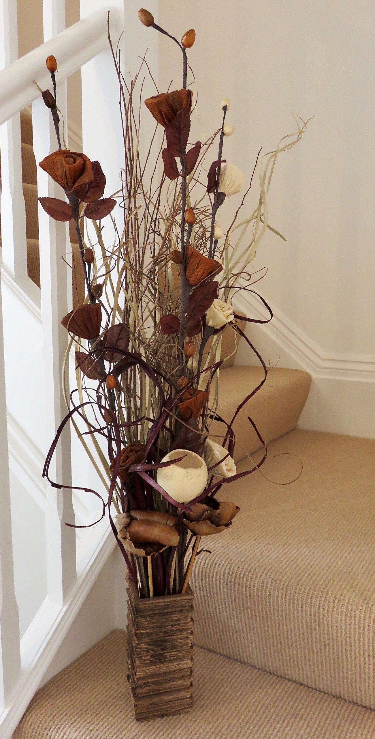 Conjunto floral orgánico hecho a mano de flores exóticas y hierbas indias secas de color natural con tonos chocolate…