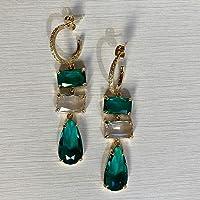 Orecchini pendenti con cristalli verdi