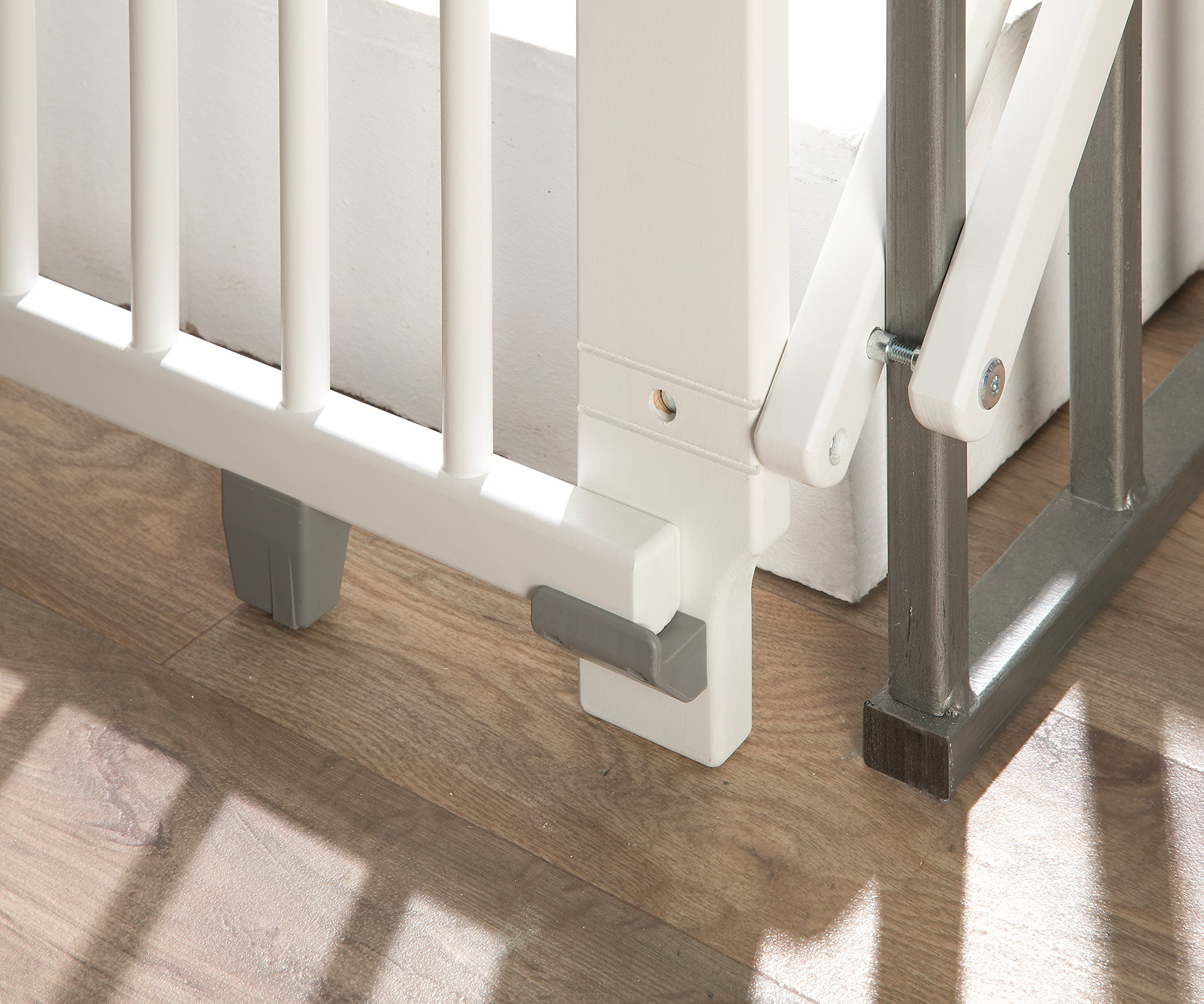 Geuther Plus Swivel Barrier   6
