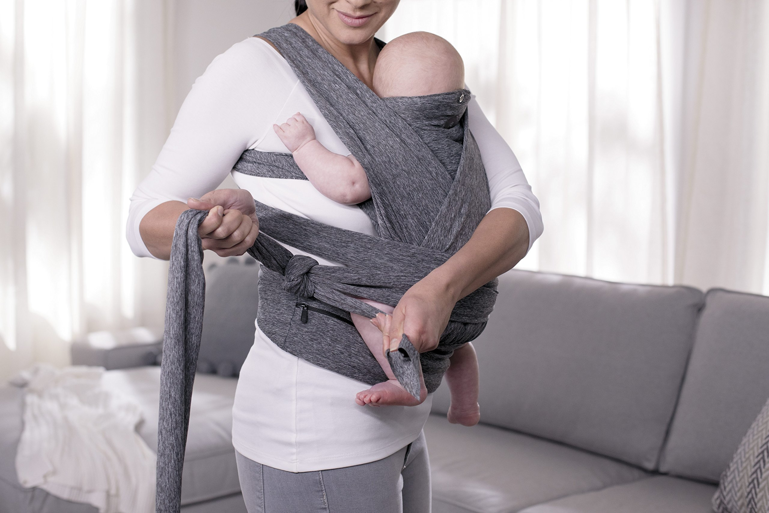 Chicco ComfyFit Baby Carrier One size Chicco Perfect fit, no infant insert required; recommended baby weight: 8-35lbs One size fits most, which makes sharing your carrier between caregivers quick and easy 2 comfy carrying positions: front face-in and front face-out 10