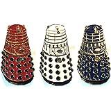 Set di Doctor Who rosso, bianco & blu Dalek metal pin badge