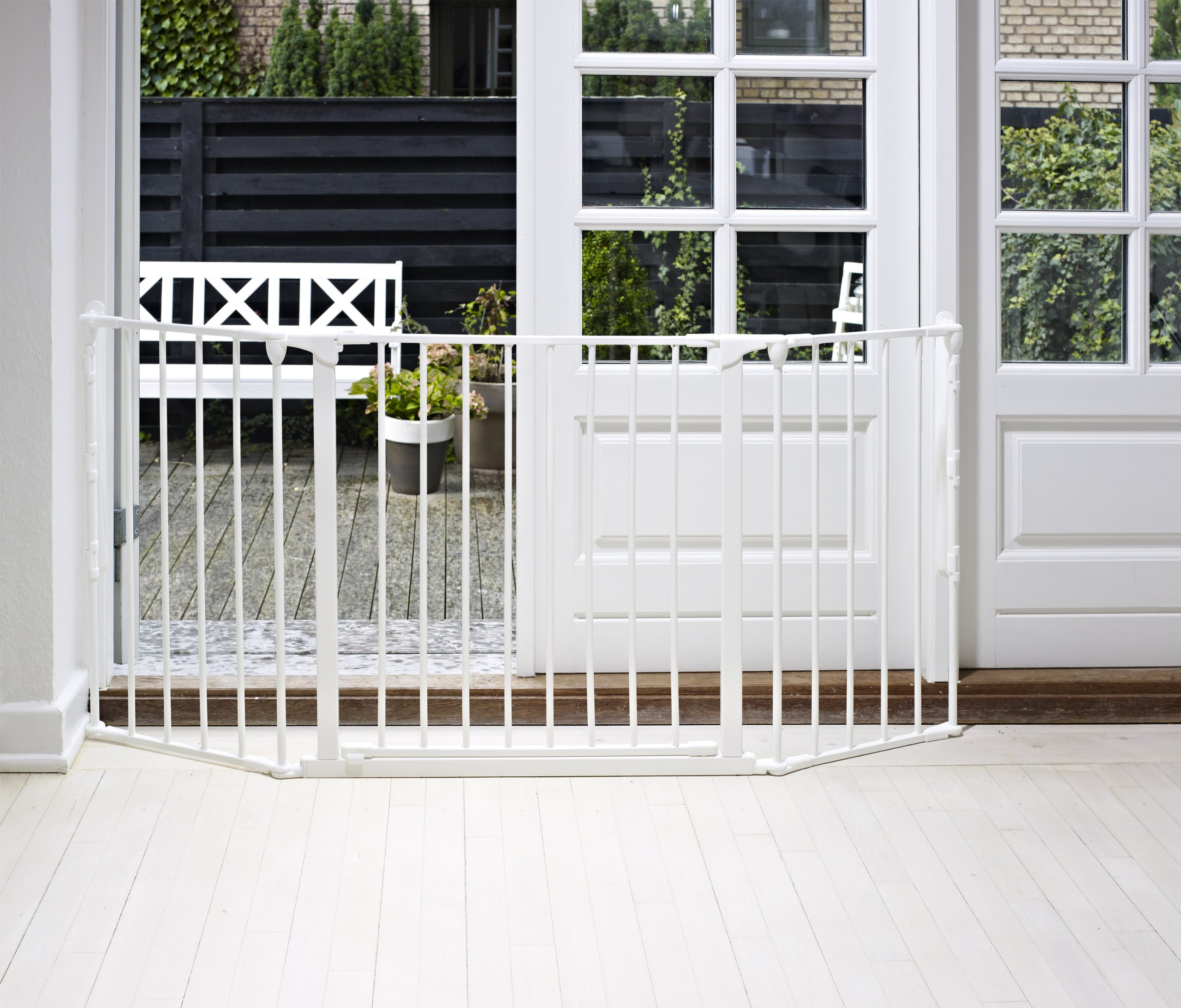 BabyDan Configure (Medium 90-146cm, White)  Only configure system fulfilling newest European safety standard Multi purpose room divider and gate for wider openings Flexible and easy to fit 7